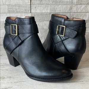 Vionic Trinity Black Leather Ankle Boot 6M NWOB